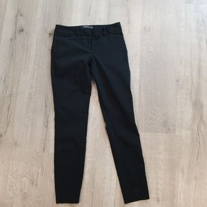 The Limited black skinny ideal stretch pants 0